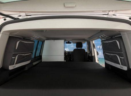 Innenraum VW California Beach Zubehör Packtaschen